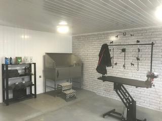 Grooming Salon